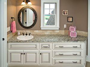 Real-estate-bathroom-vanity.jpg