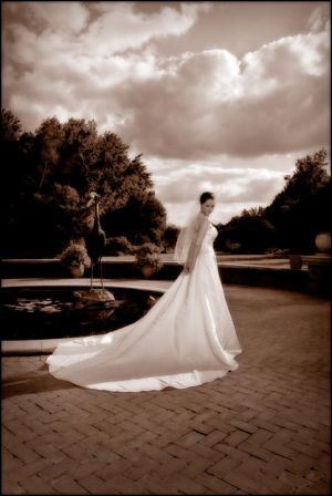 Bride-at-Botanical-gardens-enviromental-portrait.jpg