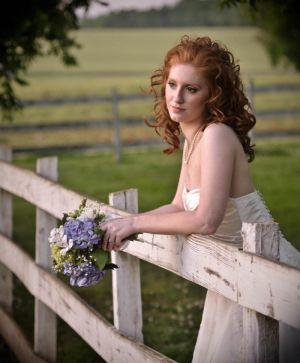 Bride-enviromental-portrait-1.jpg